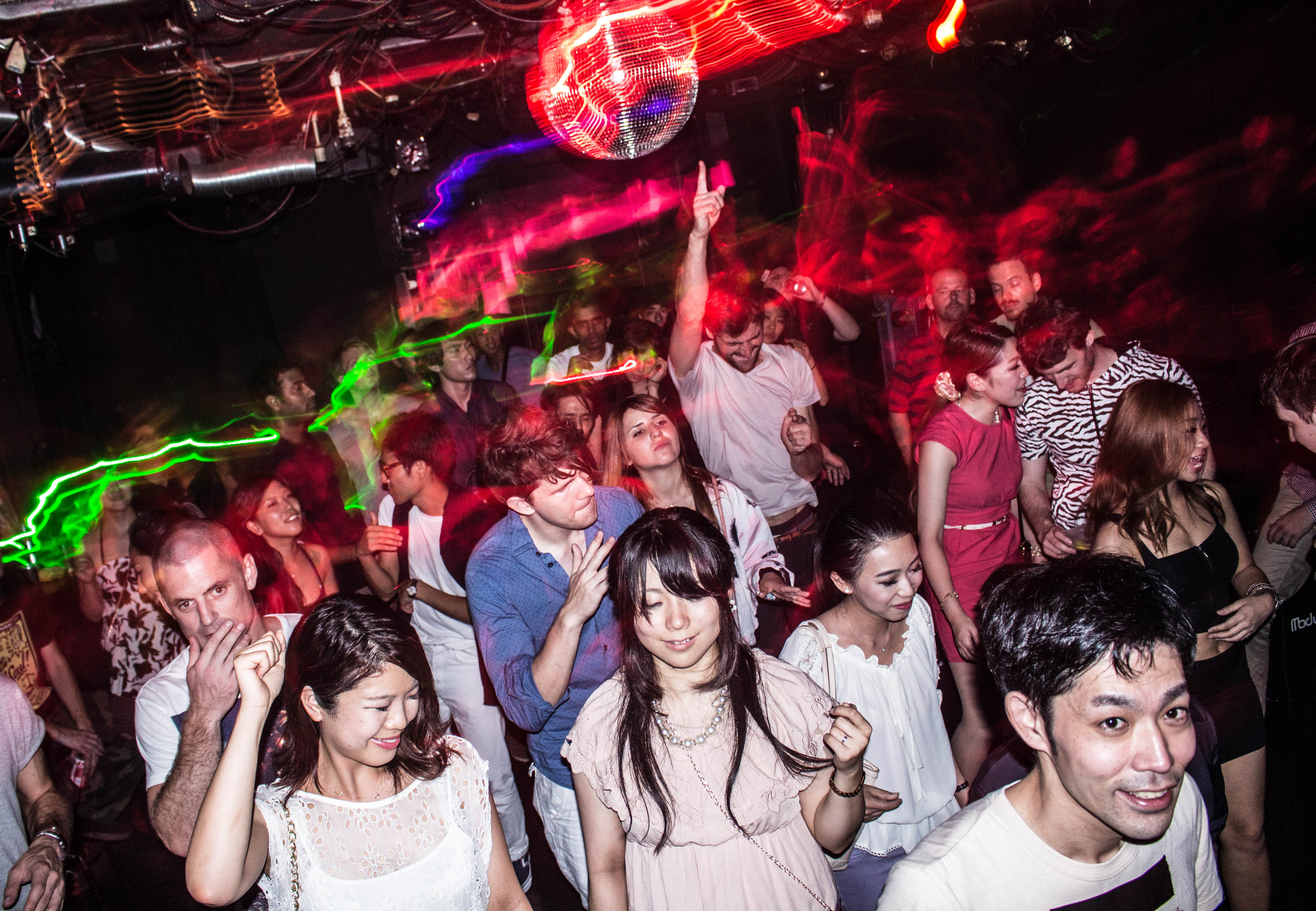 djing in tokyo - part 1  how to get a gig